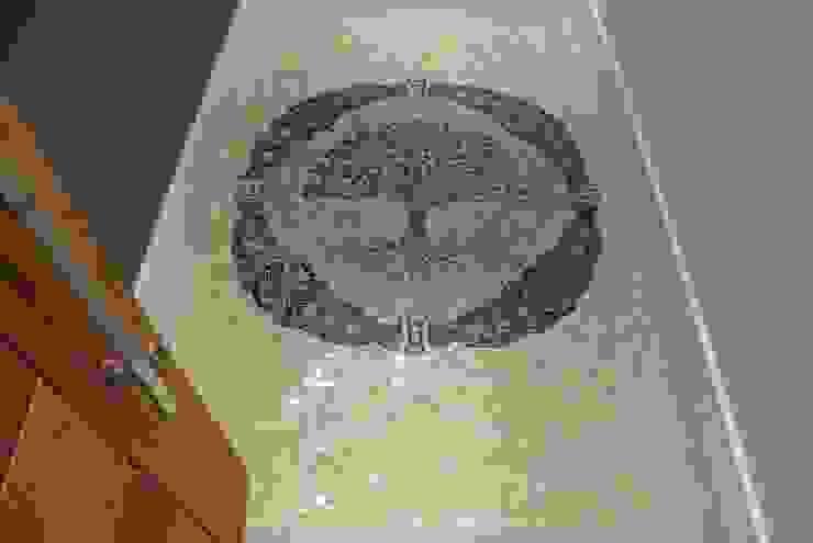 كلاسيكي  تنفيذ Mosaico Leonardo Posenato , كلاسيكي