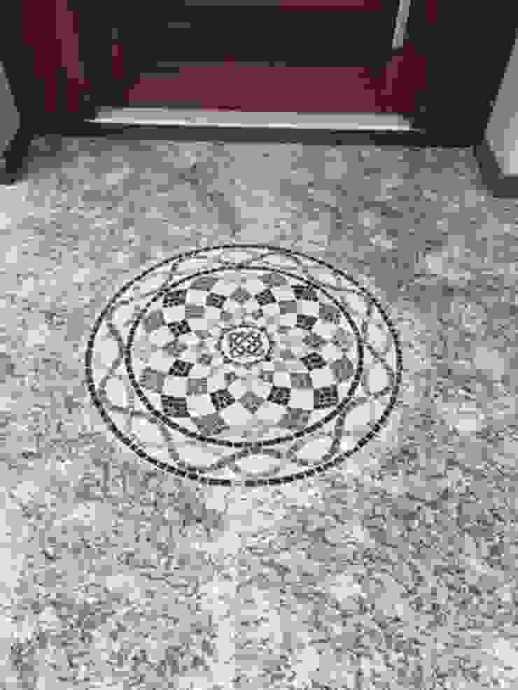 classic  by Mosaico Leonardo Posenato , Classic