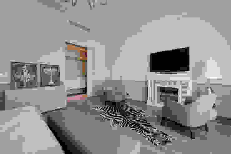 Спальня в квортире на Якиманке Спальня в классическом стиле от Дизайн-студия «ARTof3L» Классический