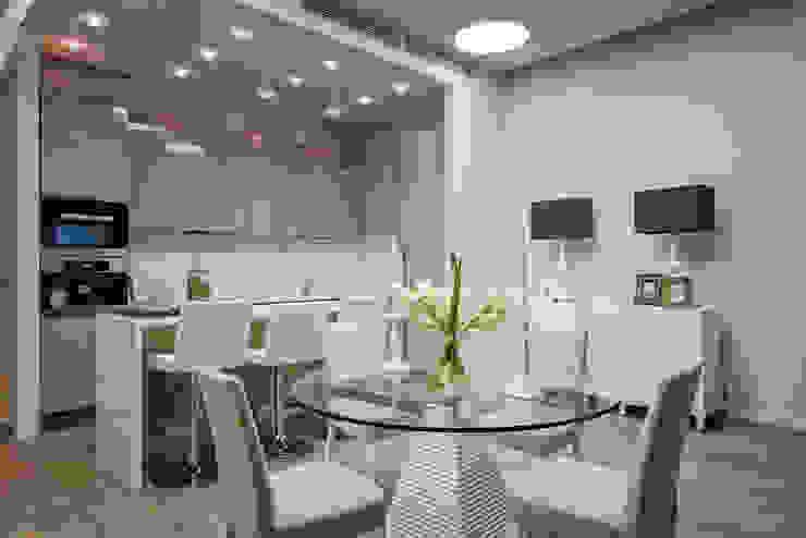 Столовая в квартире на Якиманке Столовая комната в классическом стиле от Дизайн-студия «ARTof3L» Классический