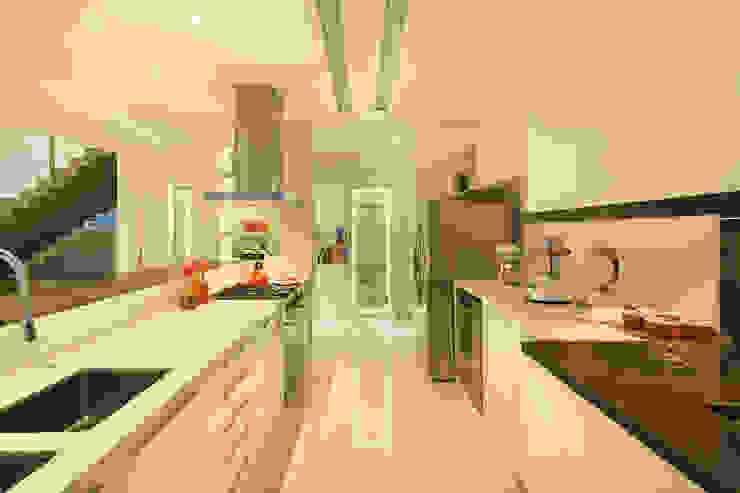 Casa BM Cozinhas modernas por BTarquitetura Moderno
