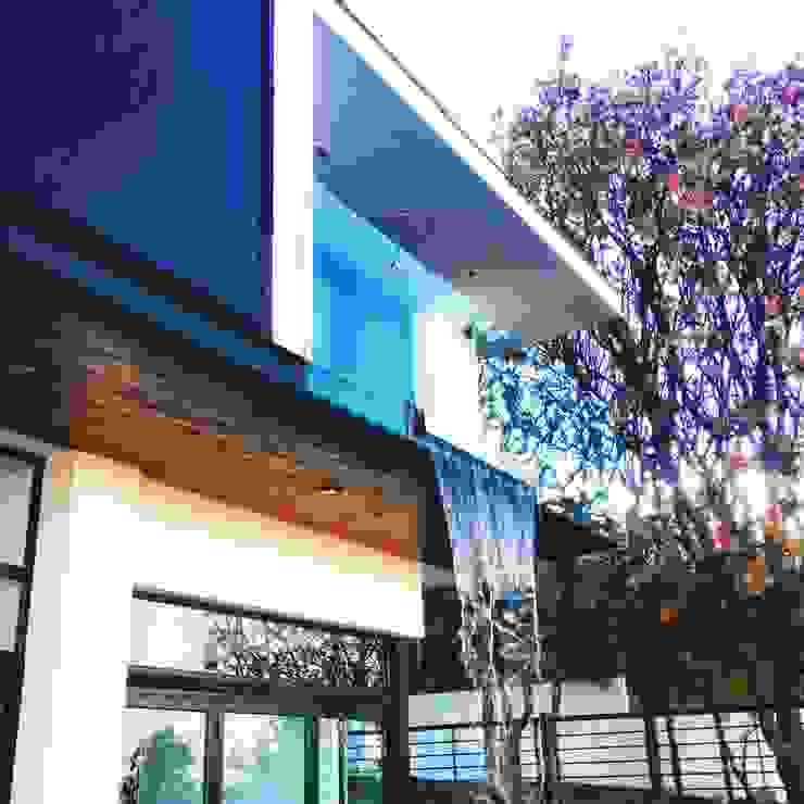 aaestudio Moderner Balkon, Veranda & Terrasse