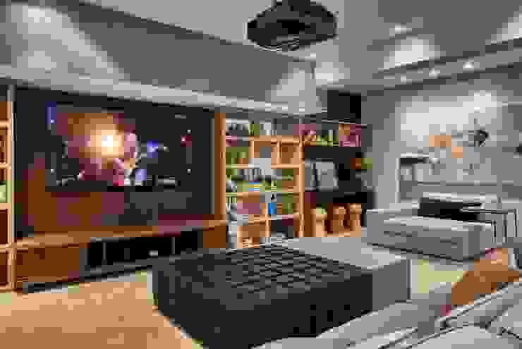 Decora Lider Campinas – Home theater Salas de estar modernas por Lider Interiores Moderno