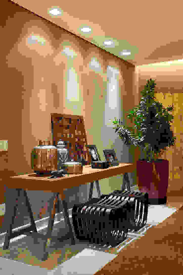 Aparador da sala de estar Salas de estar modernas por Mariana Borges e Thaysa Godoy Moderno