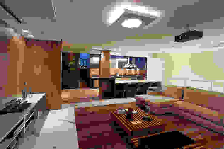 Sala Home Theater integrado ao Espaço Gourmet Salas de jantar modernas por Mariana Borges e Thaysa Godoy Moderno