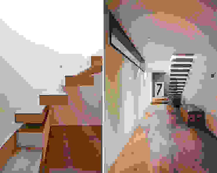 Nowoczesny korytarz, przedpokój i schody od meier architekten zürich Nowoczesny Drewno O efekcie drewna