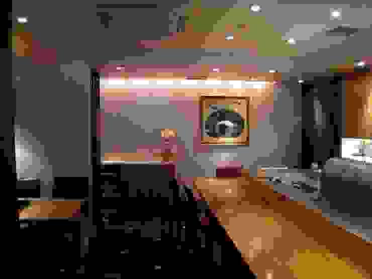 Rakutaro モダンなレストラン の G*FRAME design co.,ltd. モダン 木 木目調