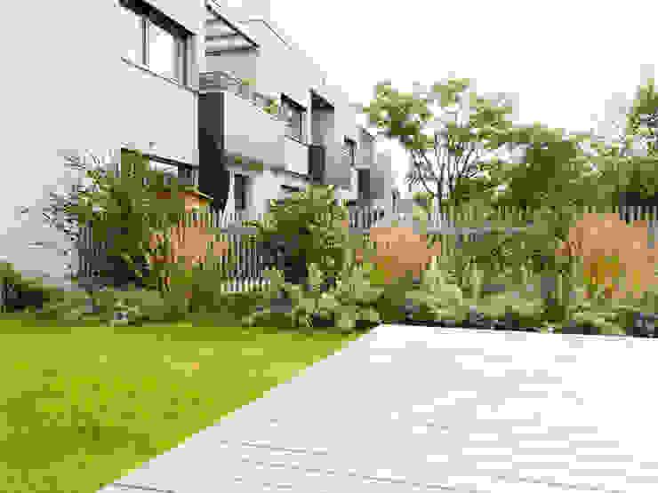 Wohnhausanlage Lorettoplatz Kräftner Landschaftsarchitektur Moderner Garten