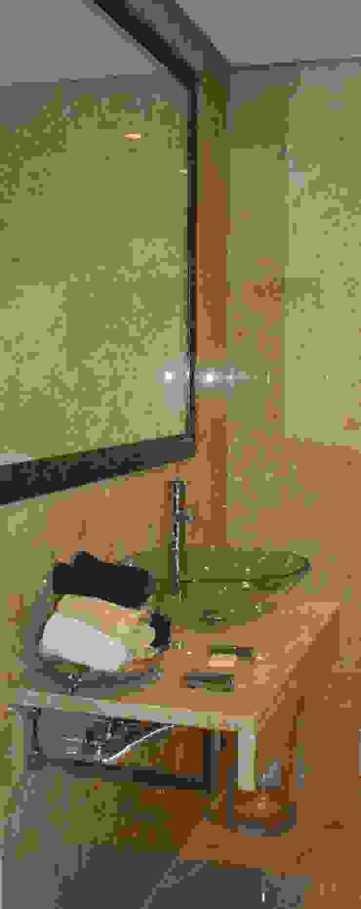 casa de banho por Getin - Architecture and Interior design Moderno