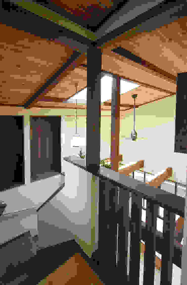 ■ Japanese Style・ジャパニーズスタイル 和風の 玄関&廊下&階段 の 株式会社アートカフェ 和風 木 木目調