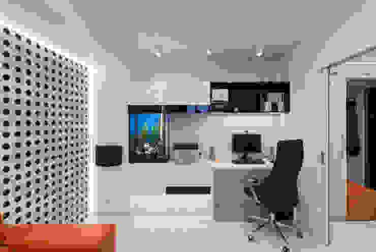 Квартира на улице Маршала Малиновского. Реализация Гостиная в стиле минимализм от Rustem Urazmetov Минимализм