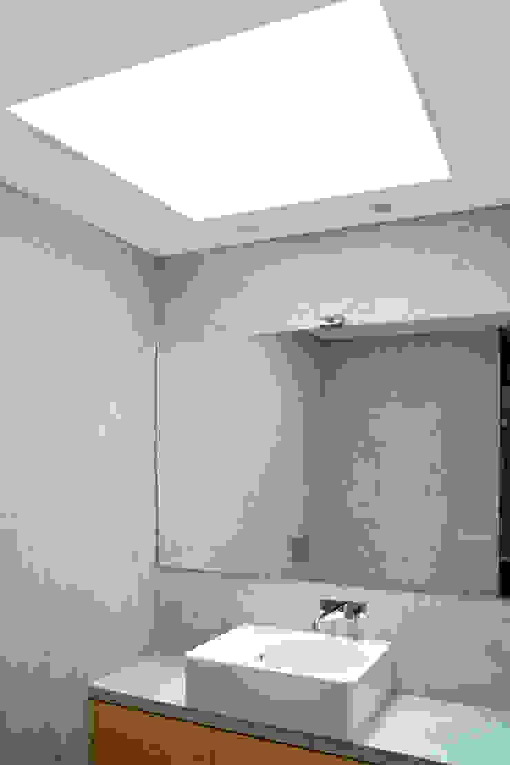Germano de Castro Pinheiro, Lda ห้องน้ำ ไม้ Grey