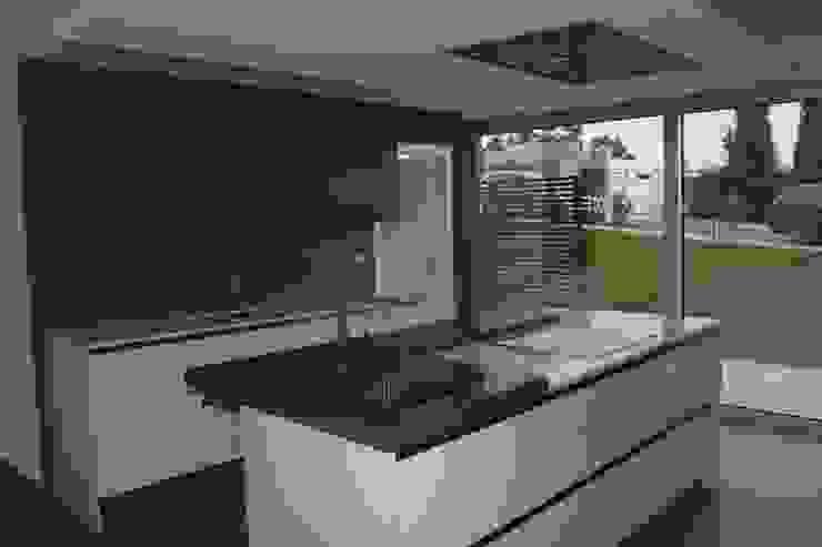 cozinha Cozinhas modernas por Getin - Architecture and Interior design Moderno