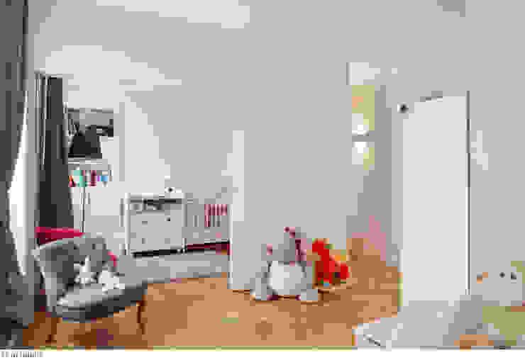 un espace enfant modulable Chambre d'enfant classique par claire Tassinari Classique