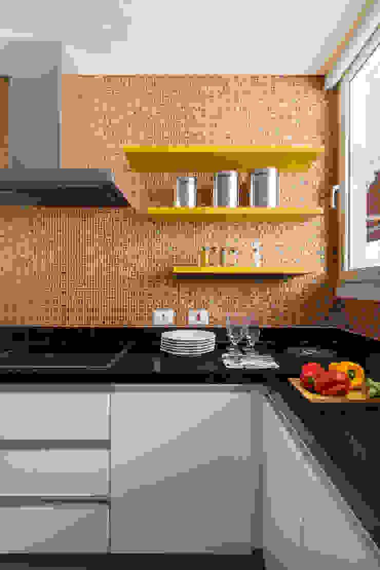Cactus Arquitetura e Urbanismo Modern kitchen