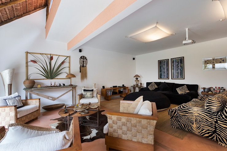 Mediterranean style living room by Cactus Arquitetura e Urbanismo Mediterranean