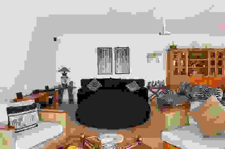 Living room by Cactus Arquitetura e Urbanismo