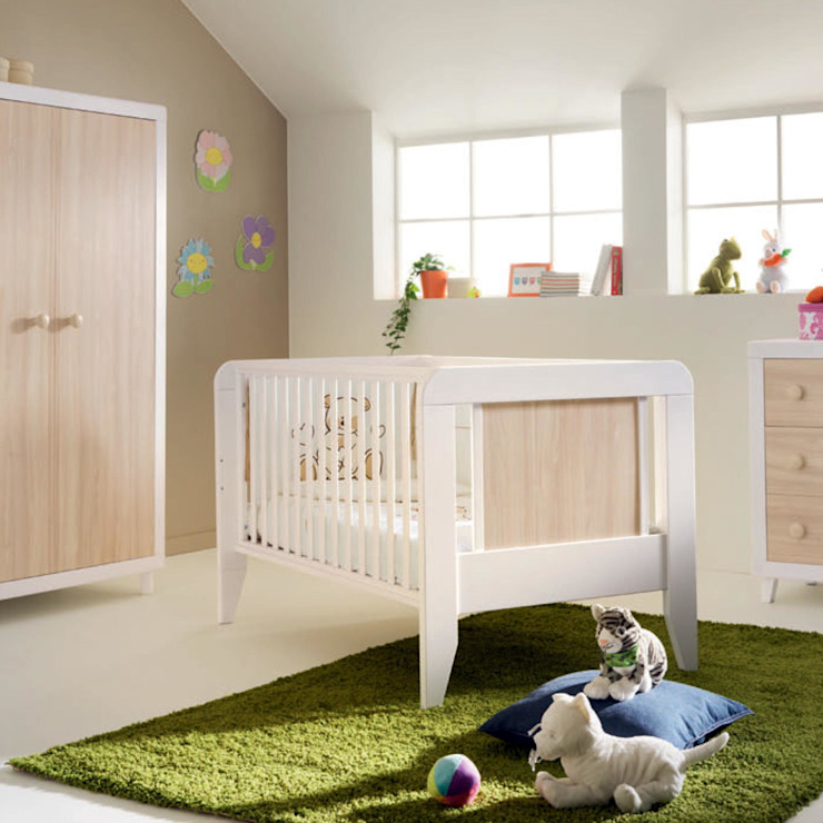 'Anouk' convertable wooden cot/junior bed/nightstand by Pali: modern  by My Italian Living, Modern Wood Wood effect