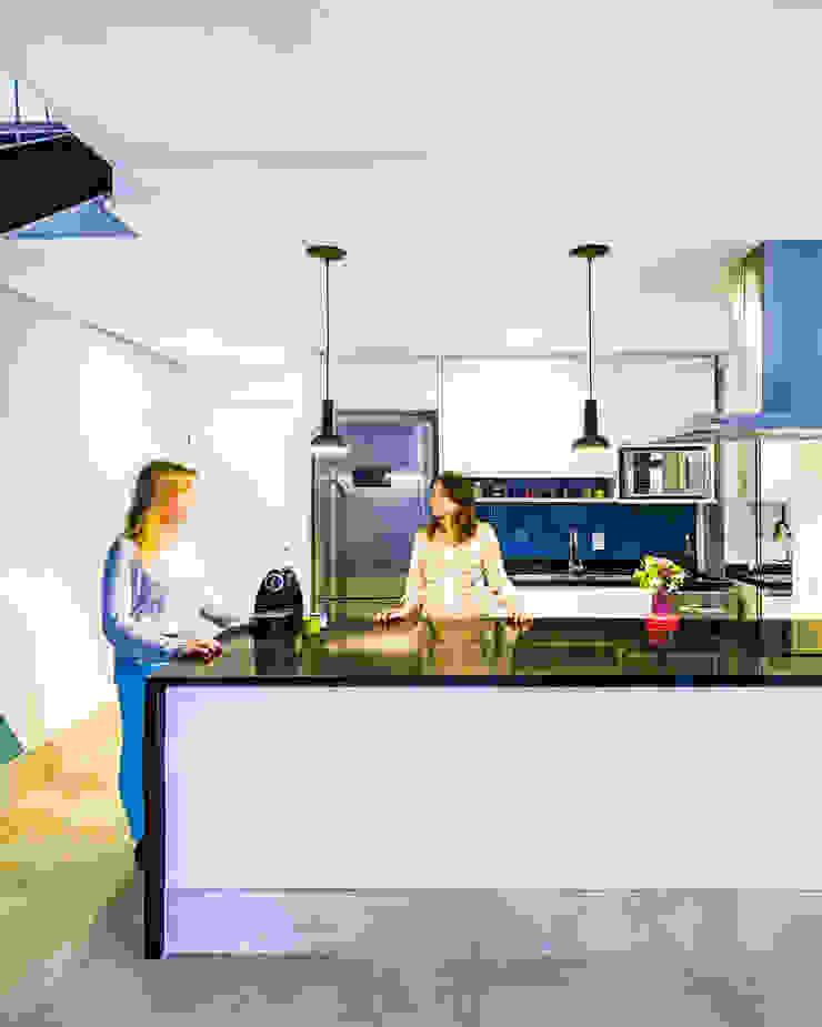 Cozinha clean por Studio ML Minimalista