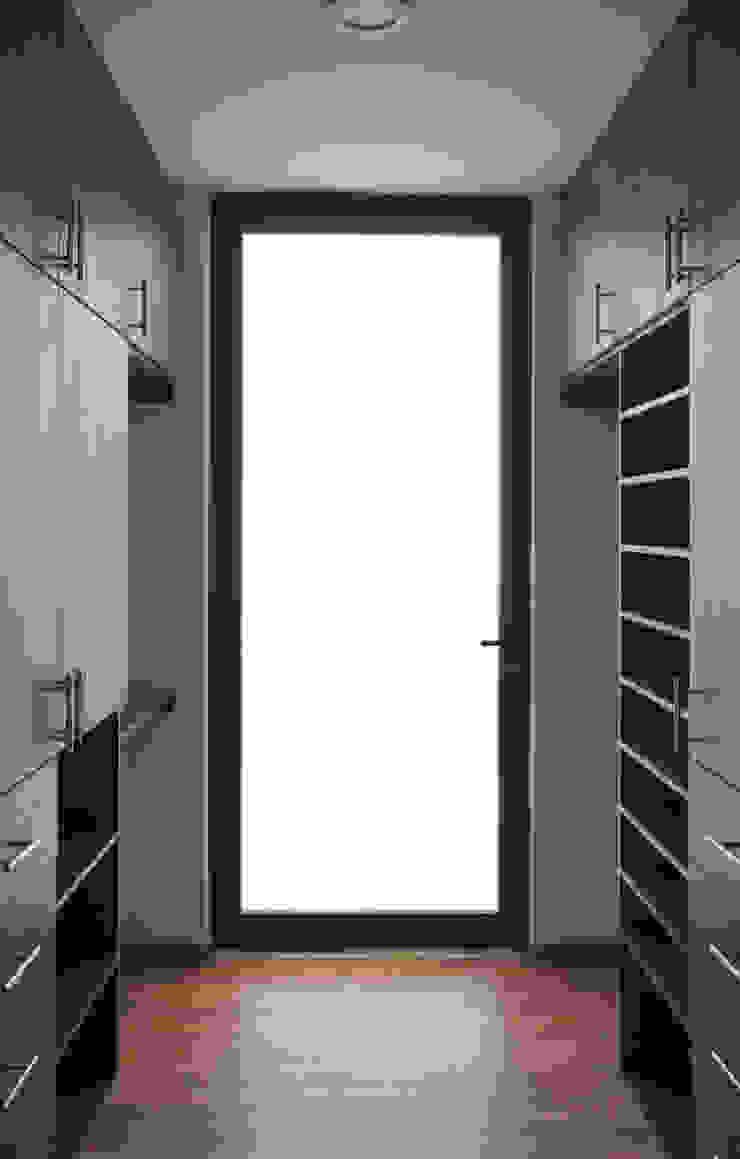 VESTIDOR Walk in closets de estilo minimalista de Región 4 Arquitectura Minimalista