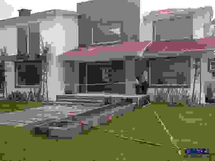 Casa Cuajimalpa Casas modernas de Cruz Arquitectos Proyectos y Avaluos Moderno