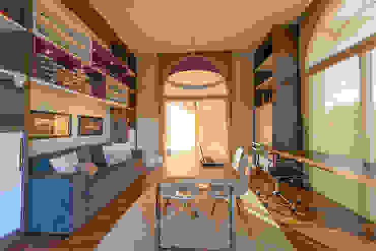 Modern Study Room and Home Office by Juliana Stefanelli Arquitetura e Design Modern