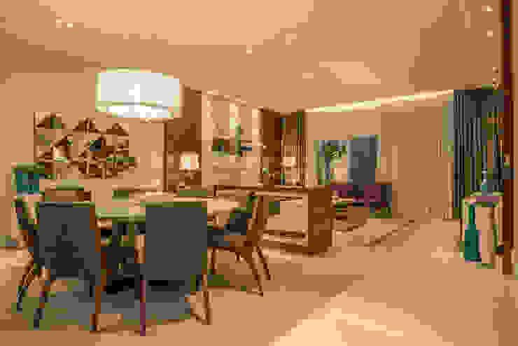 Modern Dining Room by Juliana Stefanelli Arquitetura e Design Modern