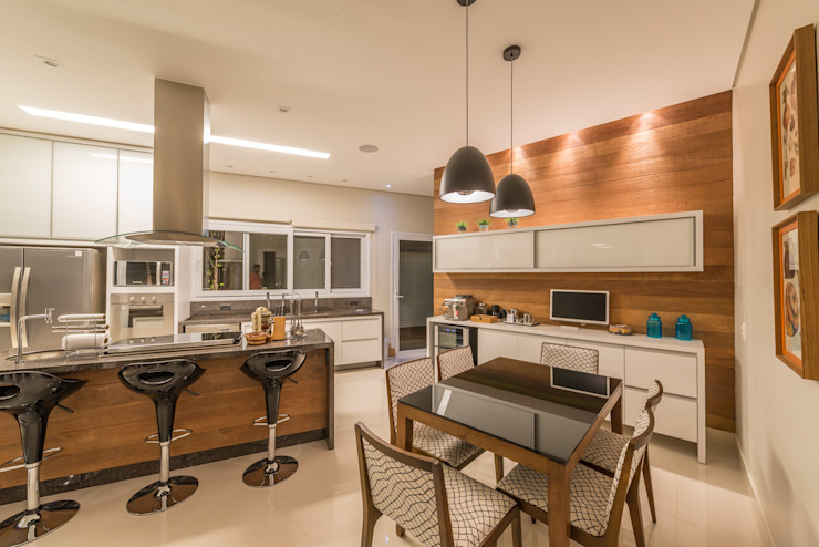 Kitchen by Juliana Stefanelli Arquitetura e Design,
