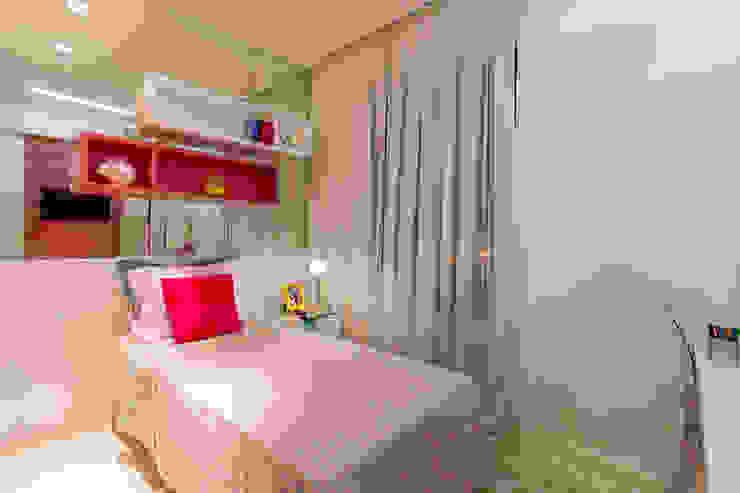 Modern Kid's Room by Flávio Monteiro Arquitetos Associados Modern