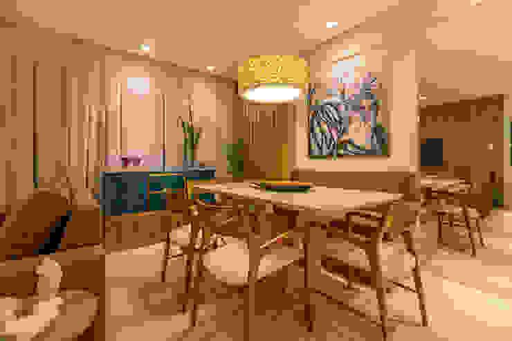 Modern living room by Flávio Monteiro Arquitetos Associados Modern Wood Wood effect