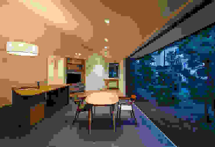 矢の口の家 モダンデザインの リビング の 向山建築設計事務所 モダン