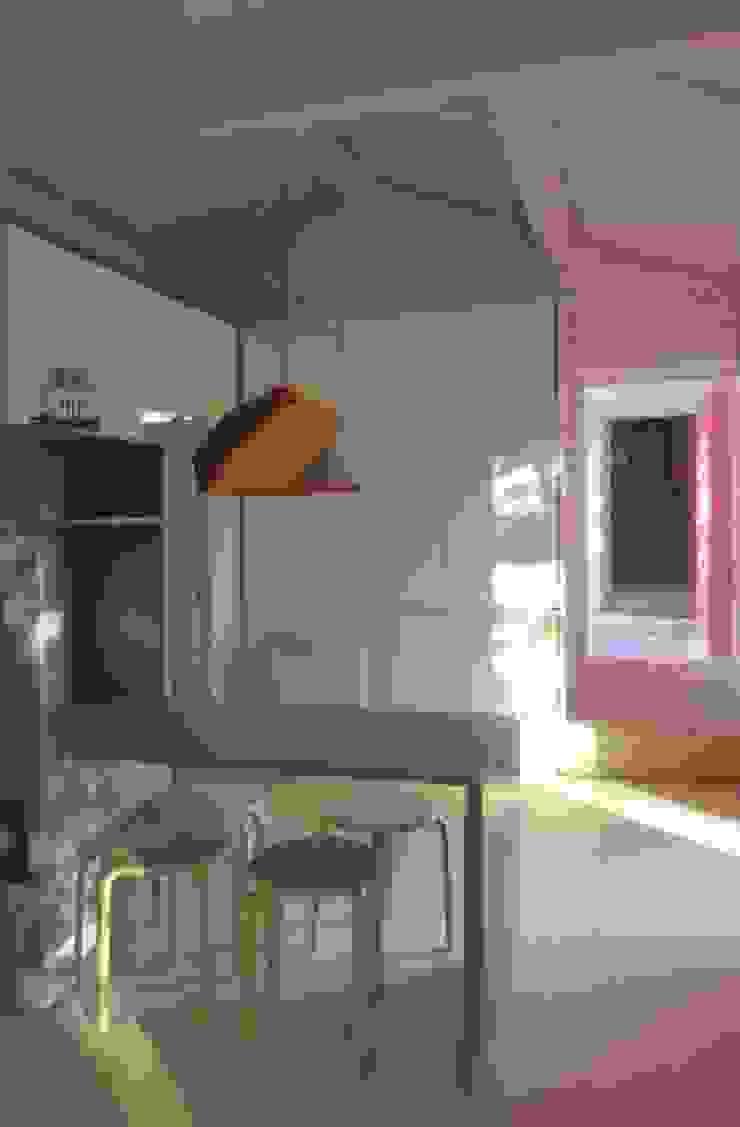 Turismo Rural em Paredes de Coura Cozinhas modernas por Escritorio de arquitetos Moderno