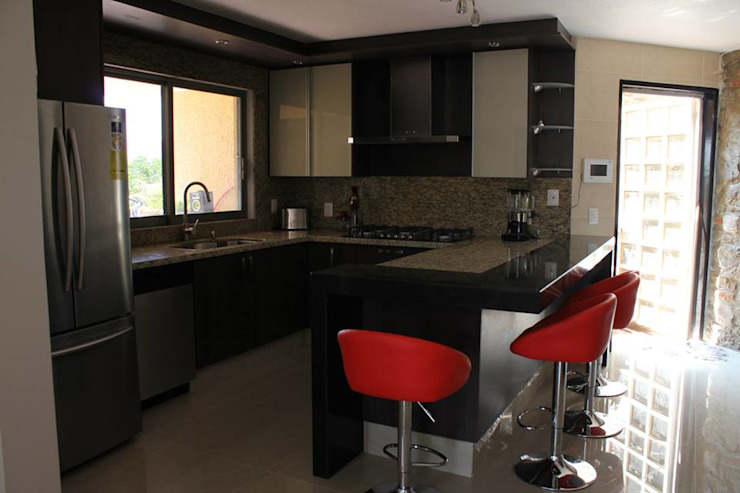 Bisma Bienes Raices KitchenBench tops