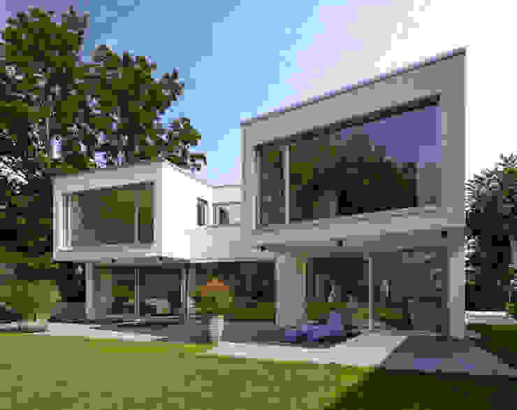 Nowoczesne domy od Marcus Hofbauer Architekt Nowoczesny