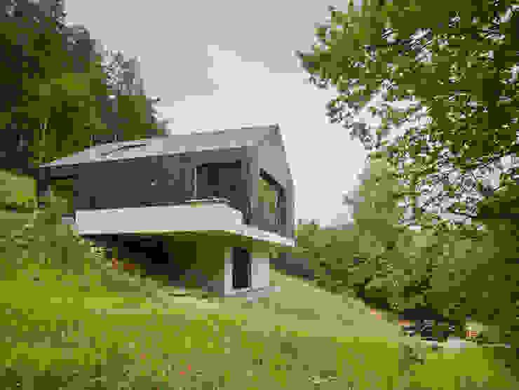 Haus am Thurnberger Stausee von Backraum Architektur Modern Holz Holznachbildung