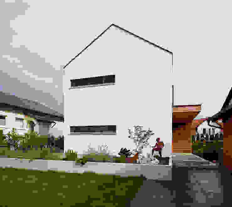 Marcus Hofbauer Architekt의  주택, 모던