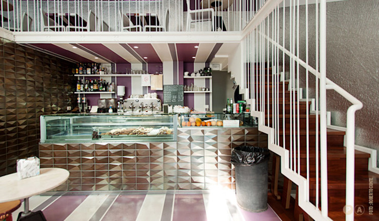 Like by Lato G Bar & Club in stile eclettico di Principioattivo Architecture Group Srl Eclettico