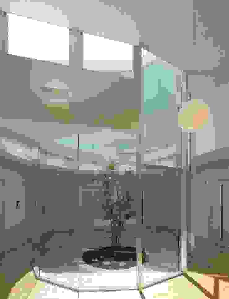 ライトコート モダンな医療機関 の 有限会社Y設計室 モダン