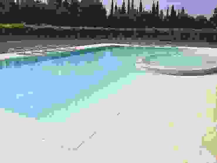 Quintarelli Pietre e Marmi Srl Modern pool