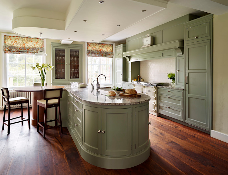 Fallowfield | Traditional English Country Kitchen Davonport Dapur Klasik Kayu Green