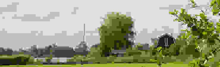 Zomerhuis aan Reeuwijkse Plas. Landelijke huizen van Architectenbureau Rutten van der Weijden Landelijk Hout Hout