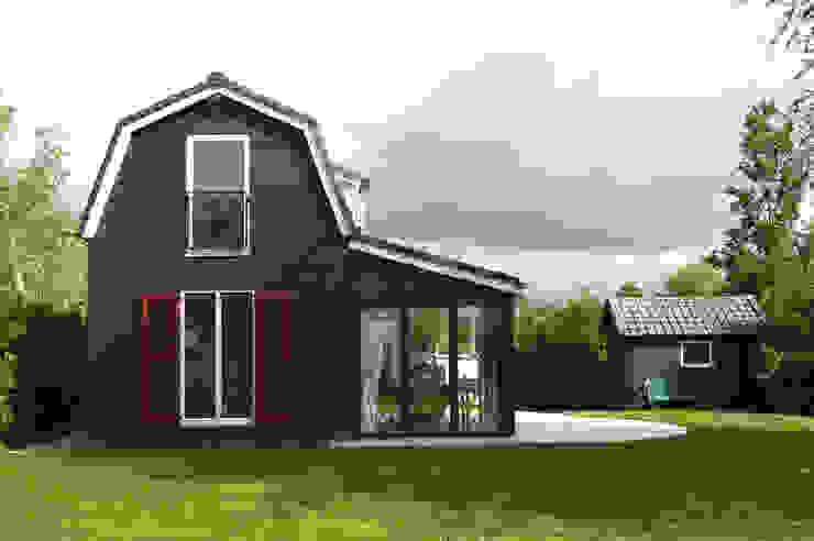 Vorm, schaal en materiaal Landelijke huizen van Architectenbureau Rutten van der Weijden Landelijk