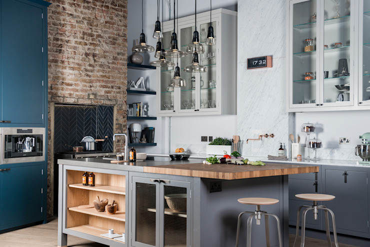 W9  |  Eclectic Industrialism :  Kitchen by Davonport, Industrial Wood Wood effect