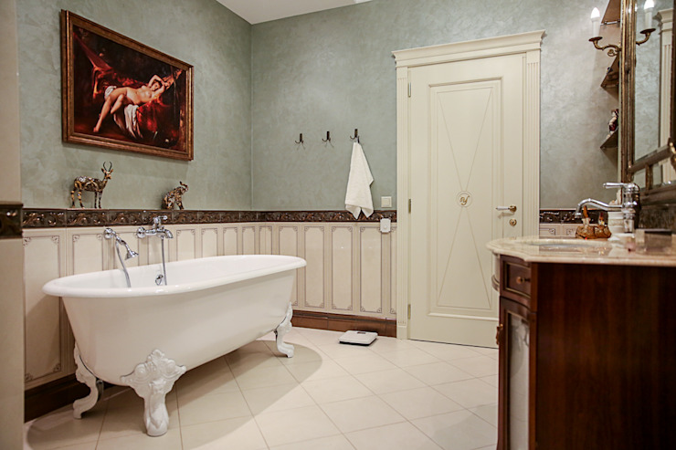 Дворянский особняк: Ванные комнаты в . Автор – Designer Olga Aysina,