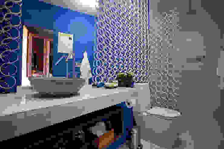 Modern bathroom by Anna de Matos - Designer de Ambientes e Paisagismo Modern