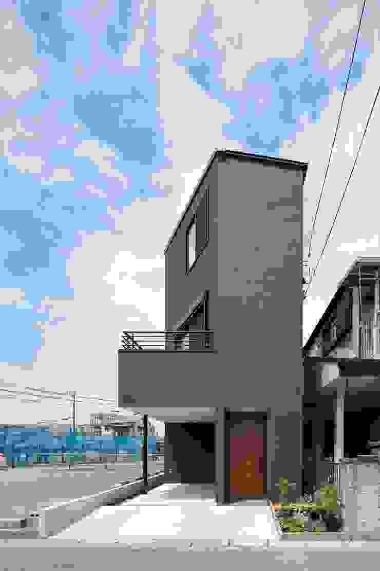 高津の家 向山建築設計事務所 モダンな 家 黒色