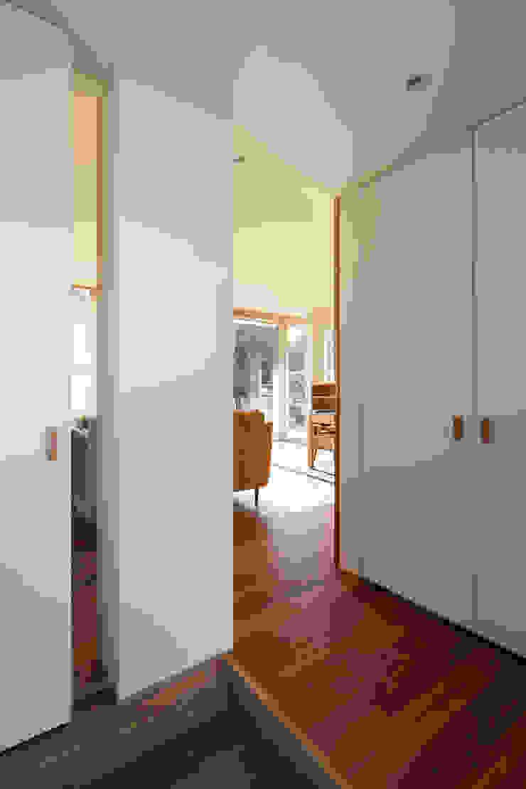 寺尾台の家 モダンデザインの 多目的室 の 向山建築設計事務所 モダン