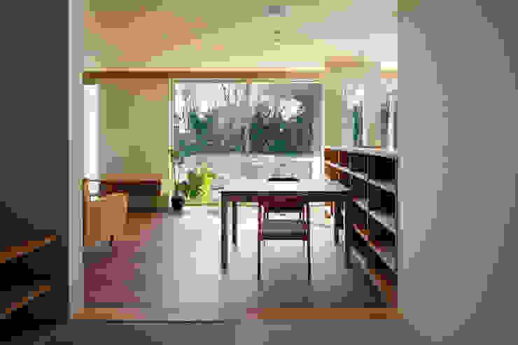 寺尾台の家 モダンデザインの ダイニング の 向山建築設計事務所 モダン