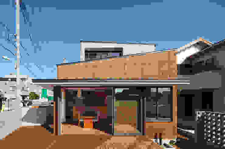 東金町の家 モダンな庭 の 向山建築設計事務所 モダン