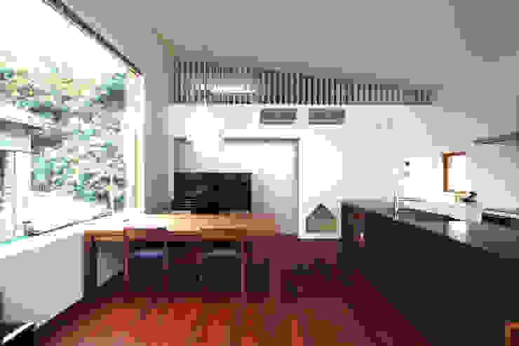 極楽寺の家 モダンデザインの ダイニング の 向山建築設計事務所 モダン